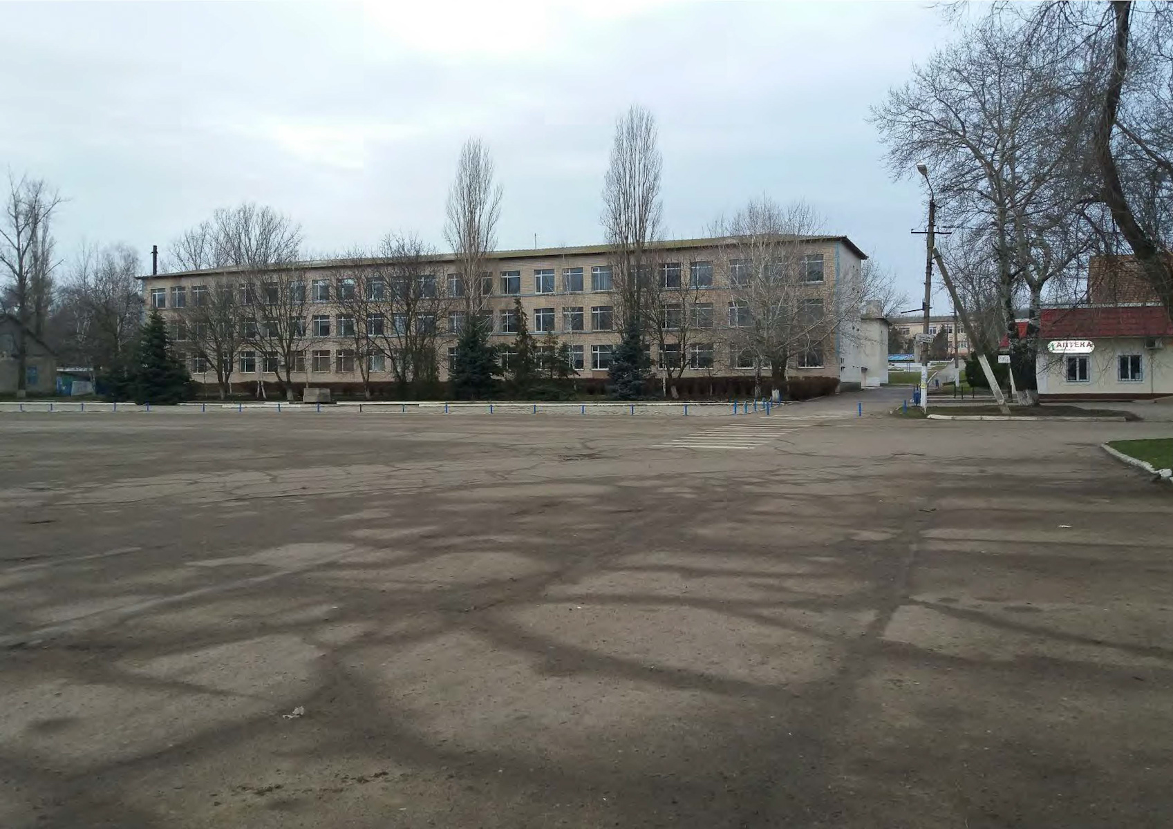 URDI Обсуждение вариантов реновации площади Сараты_Страница_02