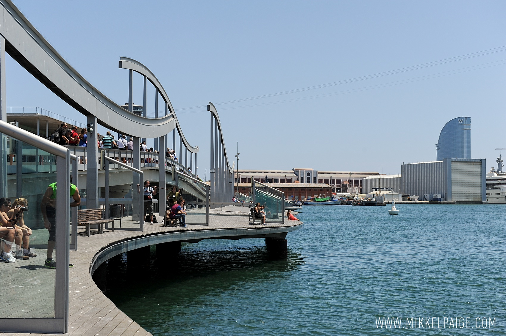 mikkelpaige-travel-europe-spain-barcelona-aquarium_port-wanderlust_0021